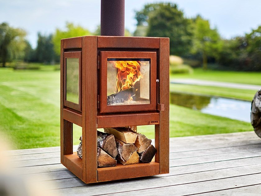 Wood-burning outdoor freestanding Corten™ fireplace QUARUBA L MOBILE by RB73