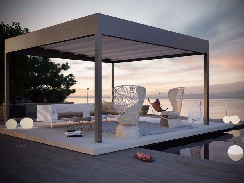 Freestanding motorized extruded aluminium pergola QUATTRO by HELLA