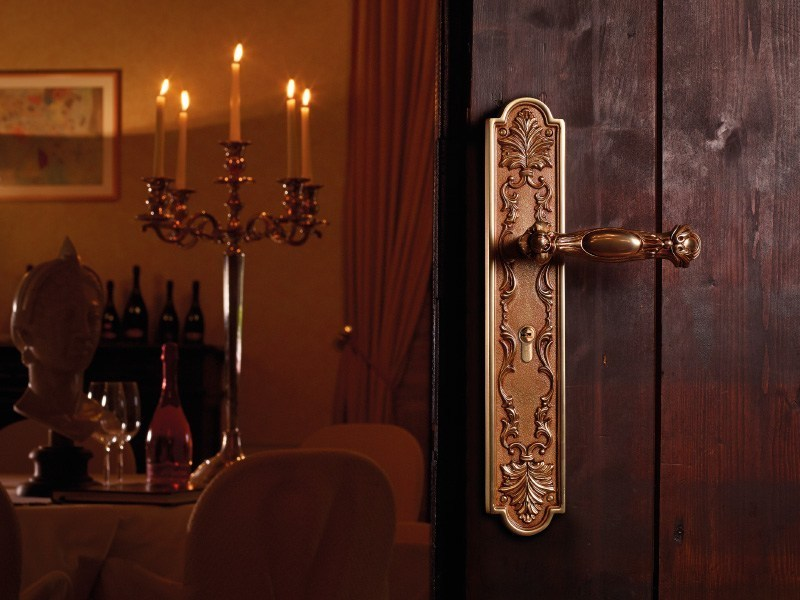 QUEEN | Maniglione in stile barocco