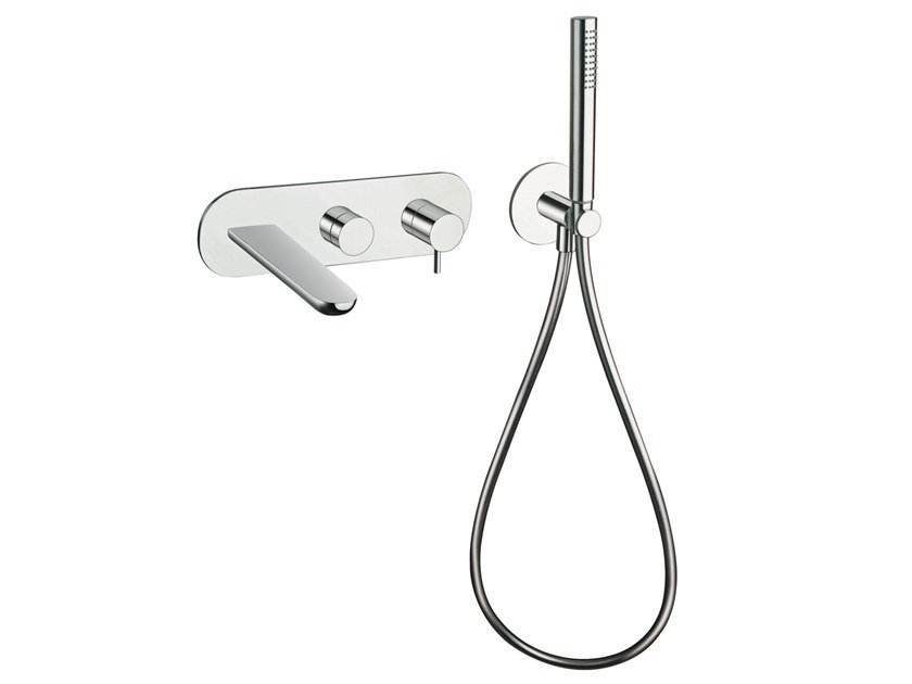 Bathtub set with diverter with hand shower QUEEN | Single handle bathtub mixer by CRISTINA Rubinetterie