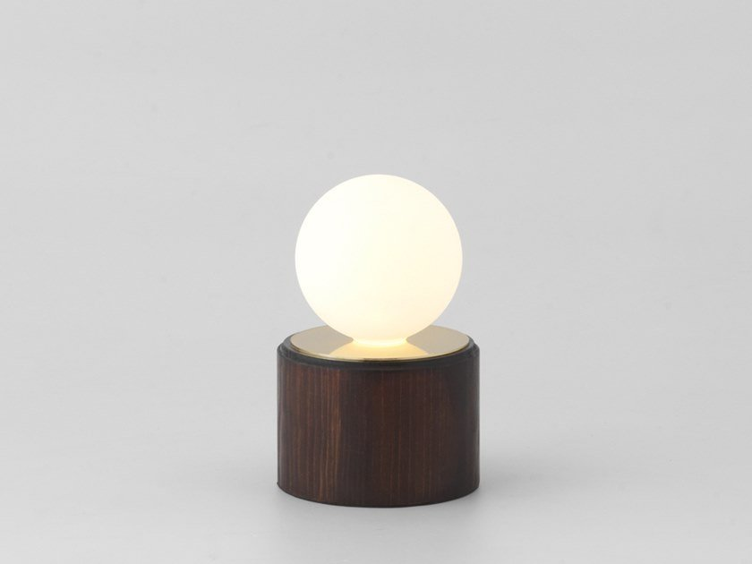 LED table lamp QUINO | Table lamp by Aromas del Campo