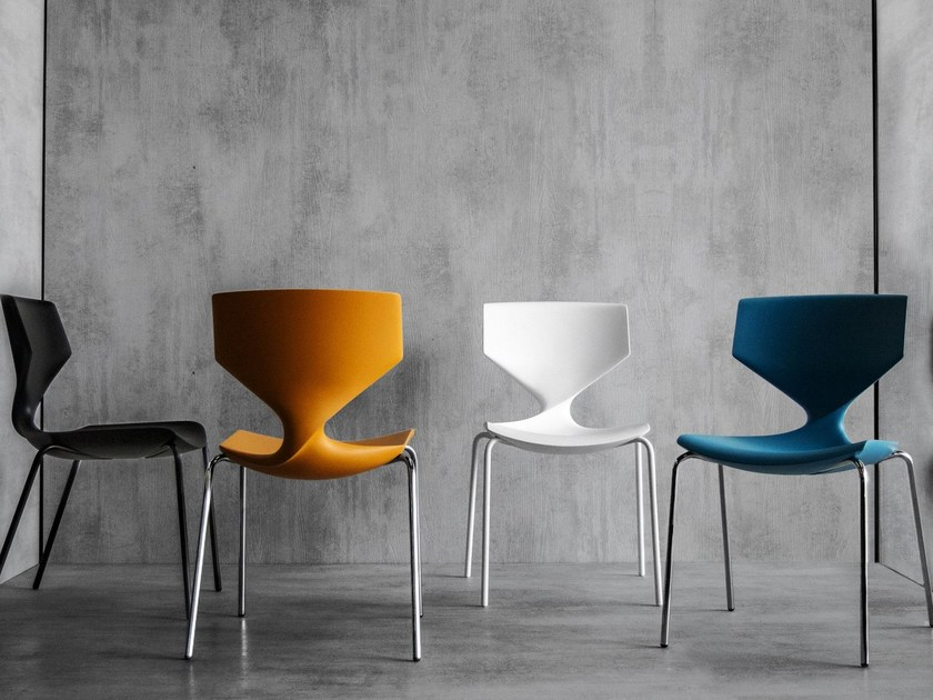 Stackable chair QUO by Tonon
