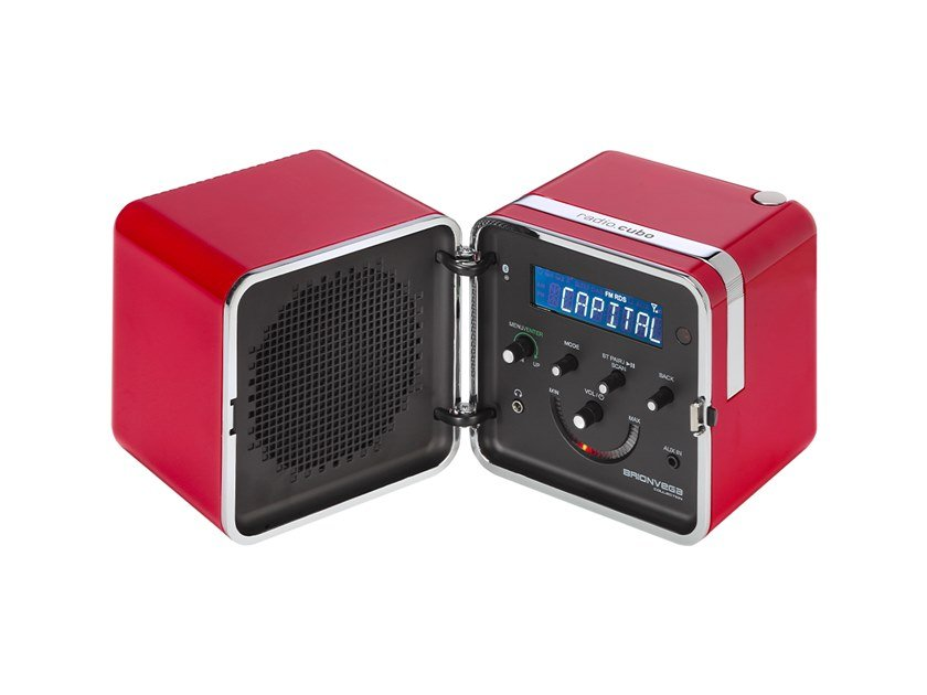 Bluetooth Radio with rechargeable battery RADIO.CUBO 50° by Brionvega