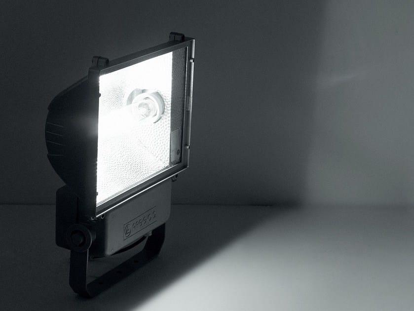 Die cast aluminium Outdoor floodlight RAGGIO 2 by LANZINI