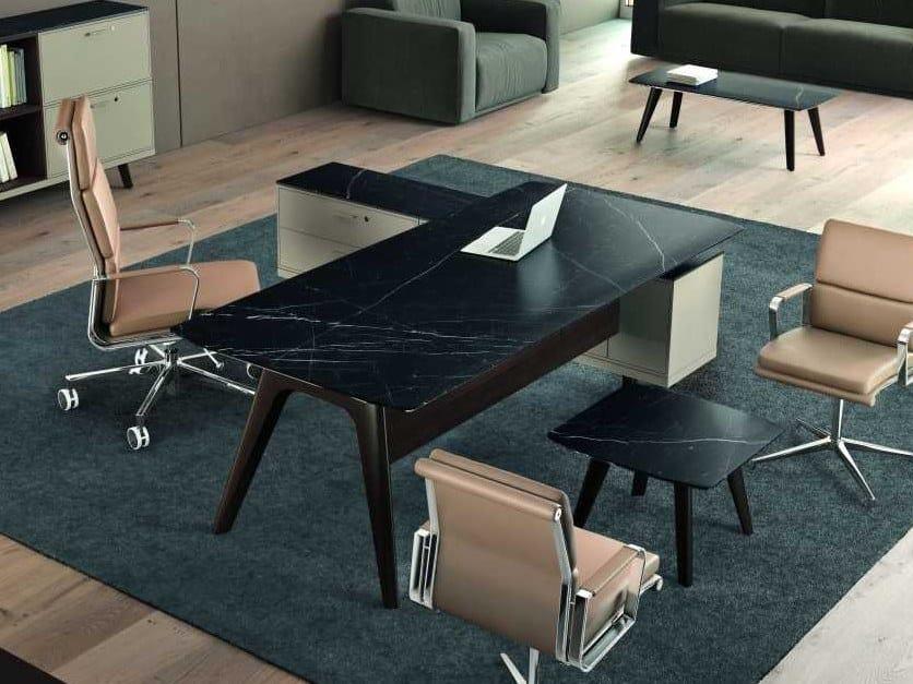Glass ceramic executive desk with shelves RAIL | Bridge desk by Bralco