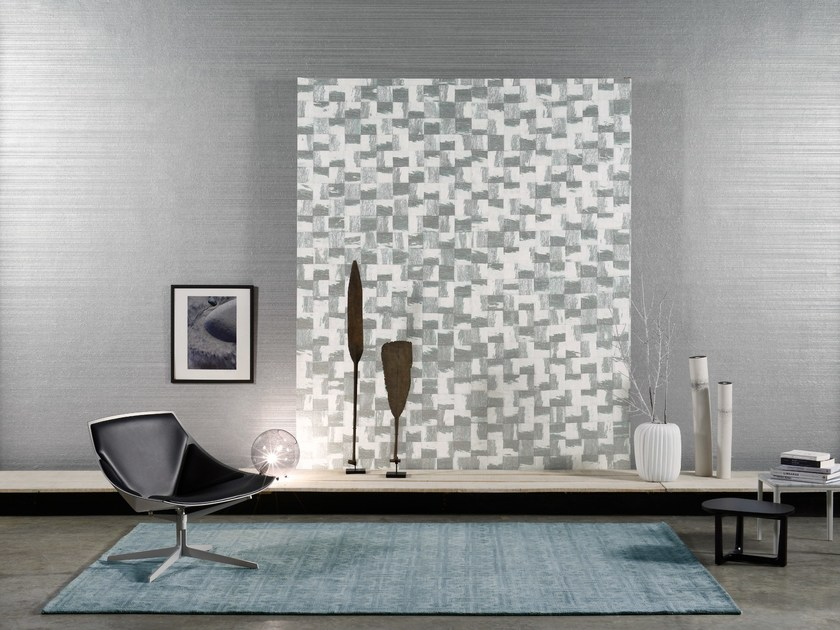 Nonwoven wallpaper RAINBOWS CRUSHED PAPER by Omexco