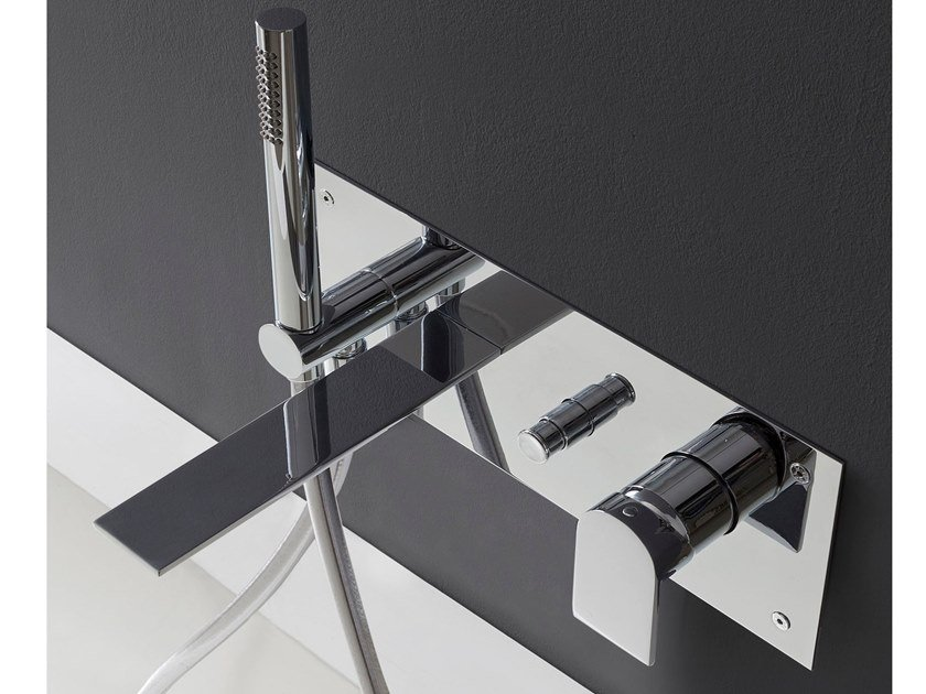 Miscelatore per vasca a muro con doccetta RAN | Miscelatore per vasca by Rubinetterie Treemme