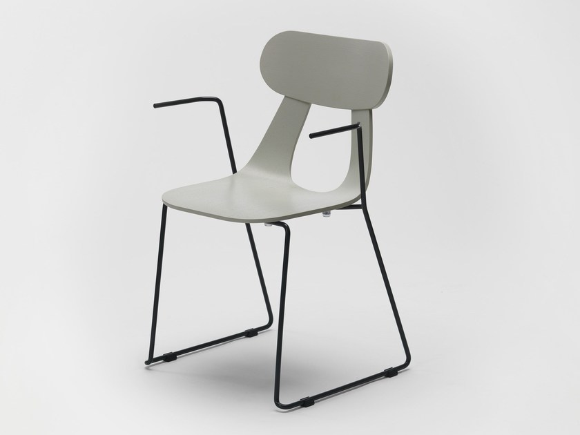 Sled base stackable wooden chair with armrests RAPA METAL by Zilio A&C