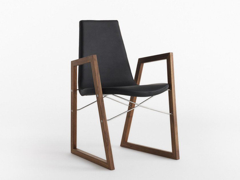 Sled base chair with armrests RAY | Chair with armrests by horm