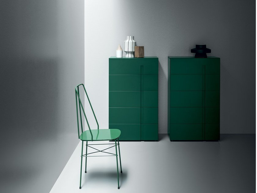 Lacquered chest of drawers with integrated handles RAY | Chest of drawers by Md House