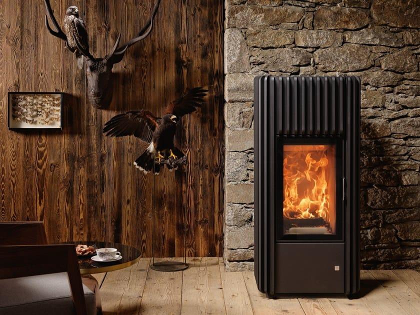 Wood-burning stove RAY XTRA by Austroflamm