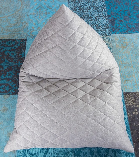Fabric bean bag with removable cover RAZZ QUILTED NORDIC by Pusku pusku
