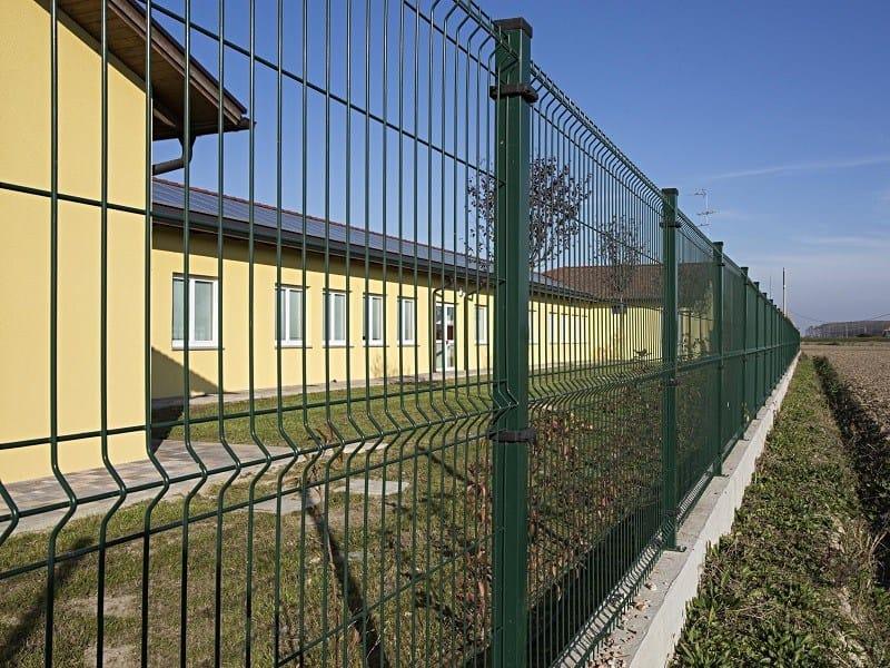 Welded mesh fence RECINTHA® N/L by NUOVA DEFIM