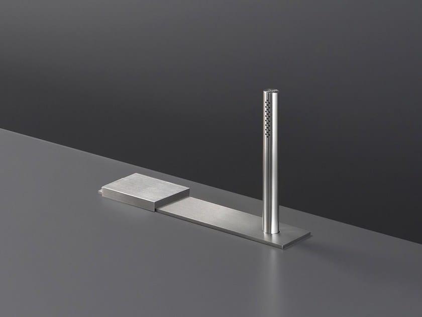 Hydroprogressive stainless steel bathtub set with hand shower REG 12 by Ceadesign