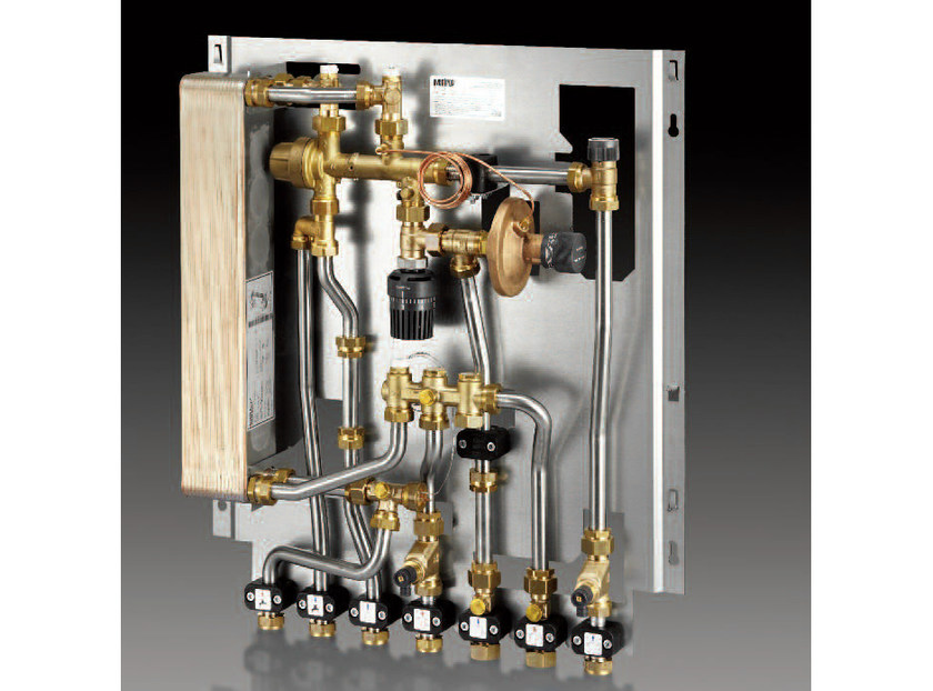 Mixing unit and manifold REGUDIS W-HTF by OVENTROP