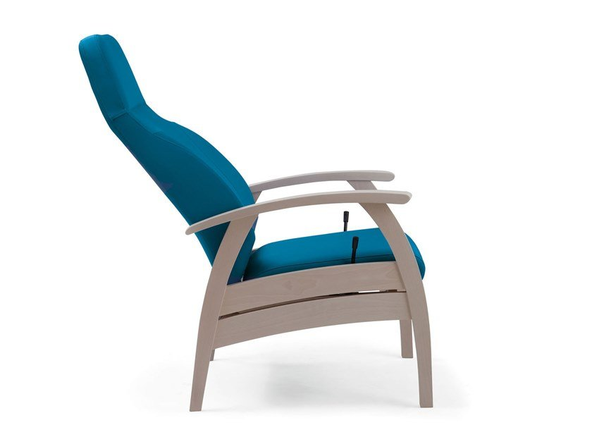 Relax Compact Health Care Ergonomic Armchair By Piaval
