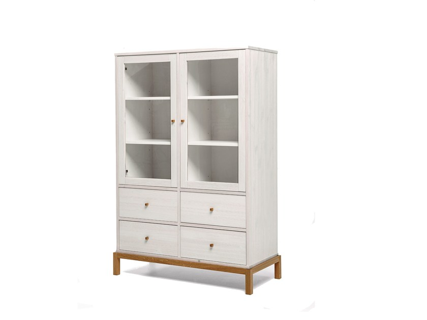Wood and glass highboard / display cabinet RELY | Highboard by Woodman