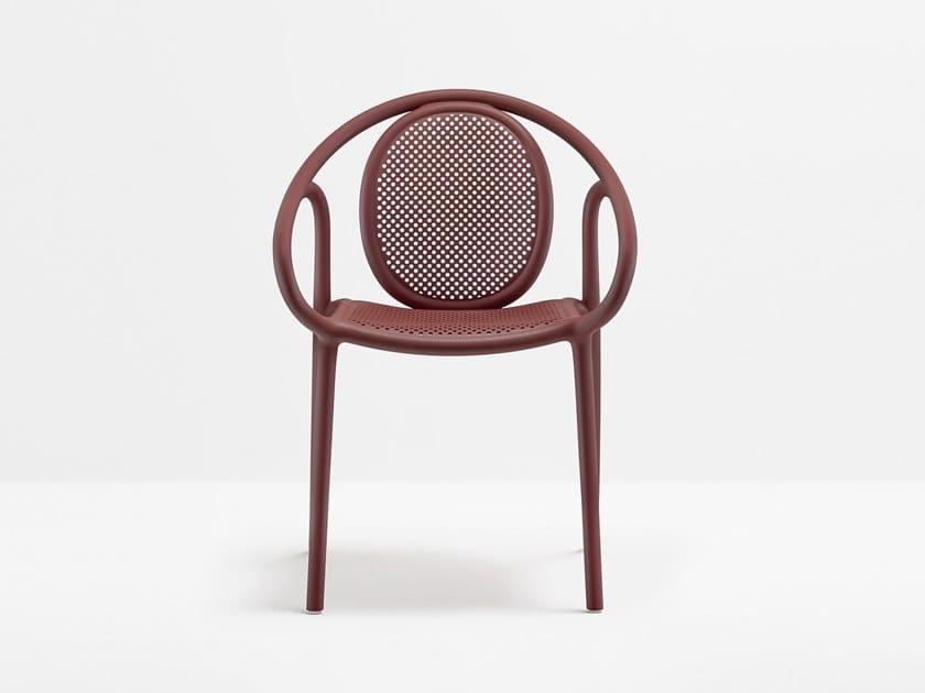 Sedia impilabile in polipropilene con braccioli REMIND | Sedia by PEDRALI