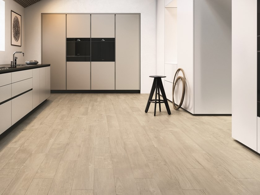 Porcelain stoneware wall/floor tiles with wood effect RESORT LIGHT by Marca Corona