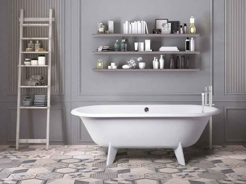 Vasca Da Bagno Retro : Vasca da bagno centro stanza ovale su piedi retro design