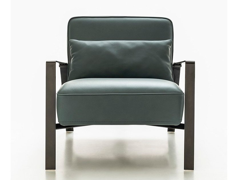 Leather armchair with armrests RHO by NICOLINE