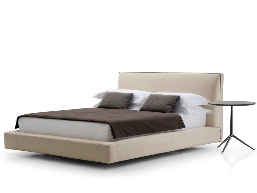 Upholstered fabric bed double bed RICHARD | Bed double bed by B&B Italia