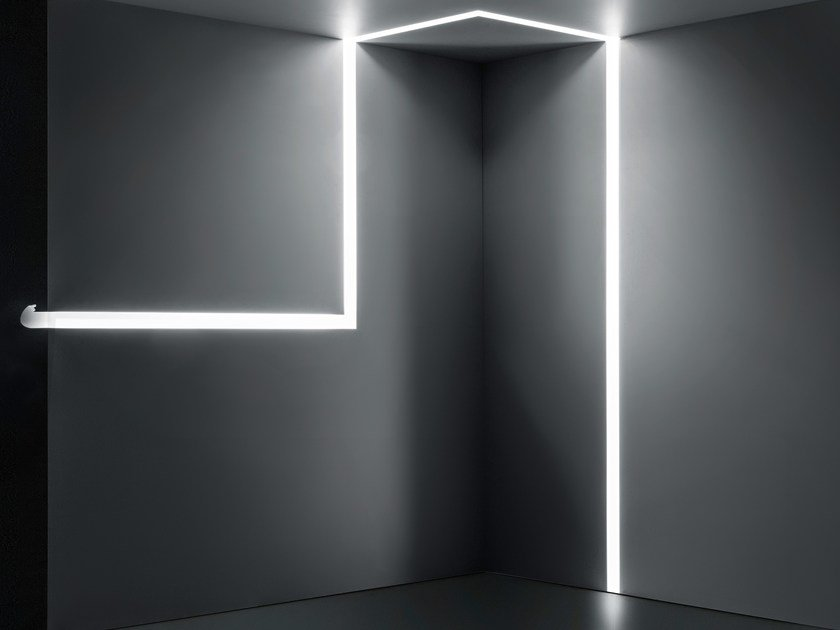 Linear lighting profile RIFT by PLEXIFORM