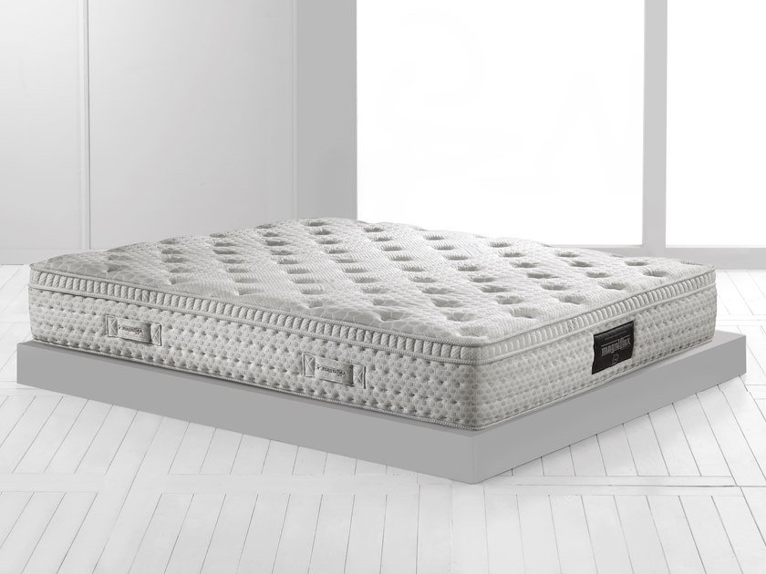 Washable breathable mattress with removable cover RINNOVA DUAL 10 by Magniflex