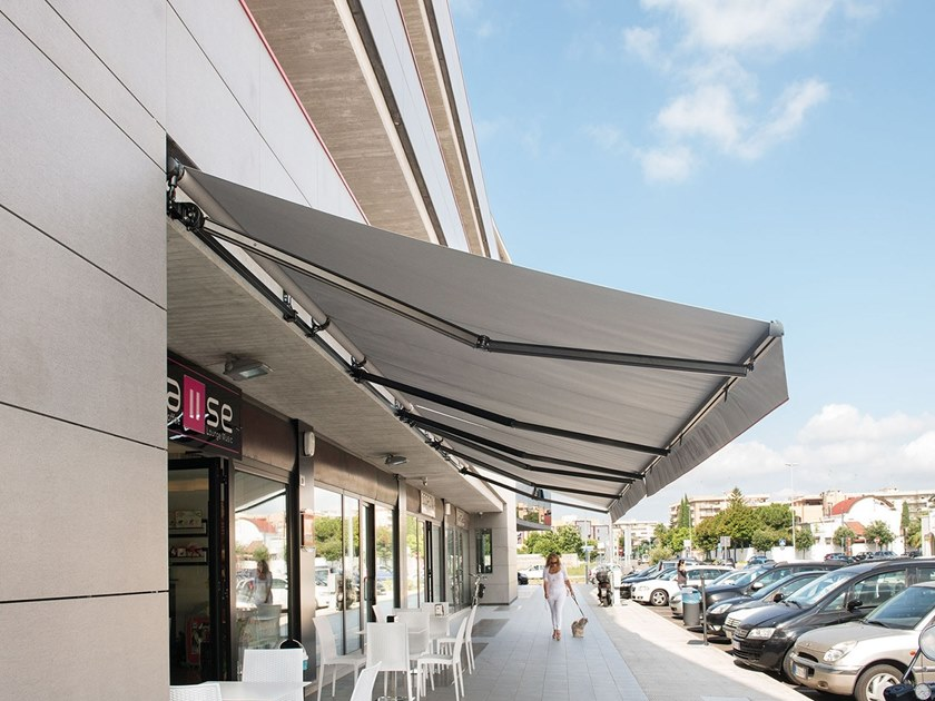 Retractable awning without headbox RIO NEW by Frigerio Living