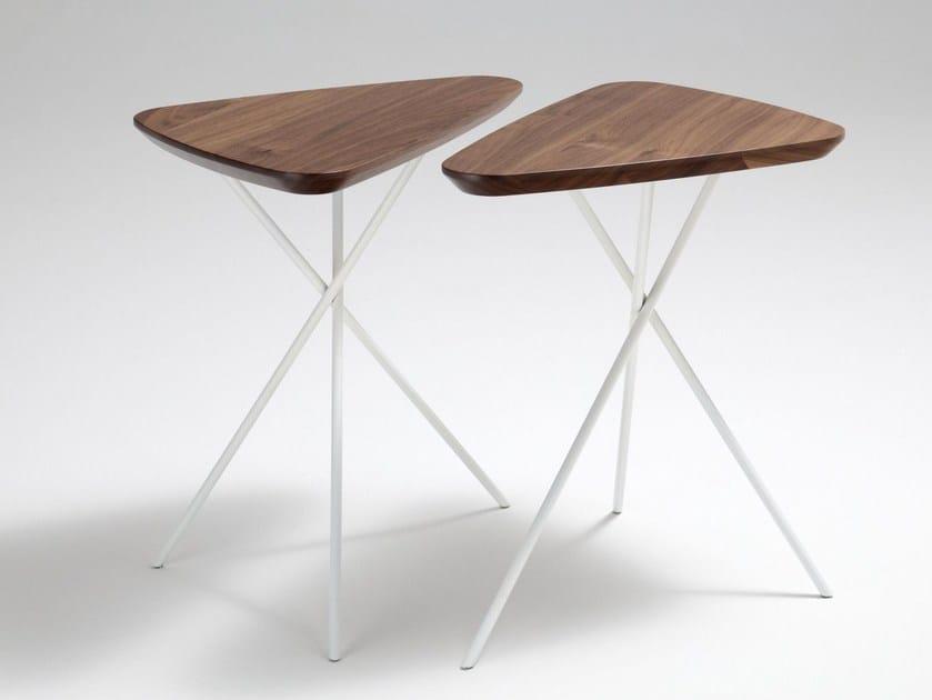Tavolino alto di servizio triangolare ROLF BENZ 8360 by Rolf Benz
