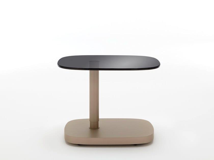 Tavolino ad altezza regolabile di servizio con ruote ROLF BENZ 8550 by Rolf Benz