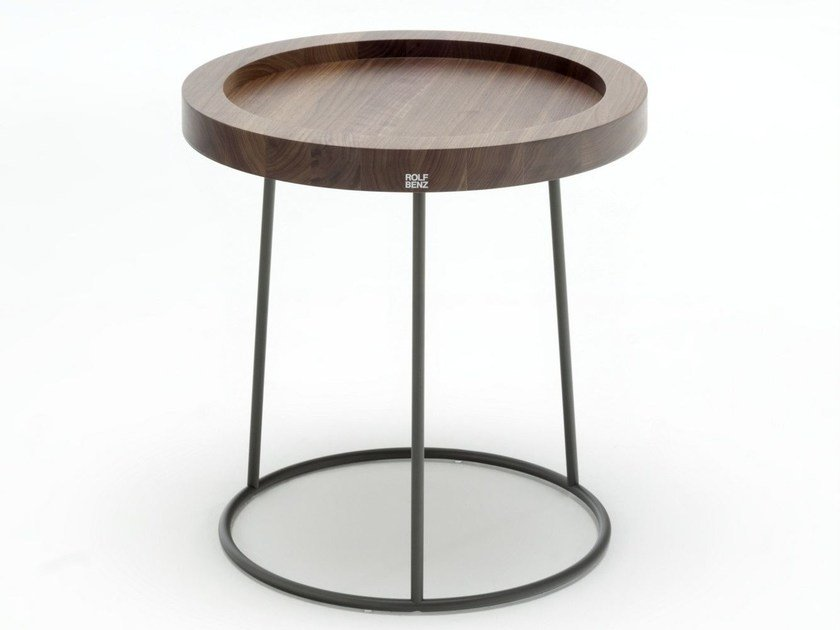 Tavolino di servizio rotondo in legno ROLF BENZ 978 by Rolf Benz