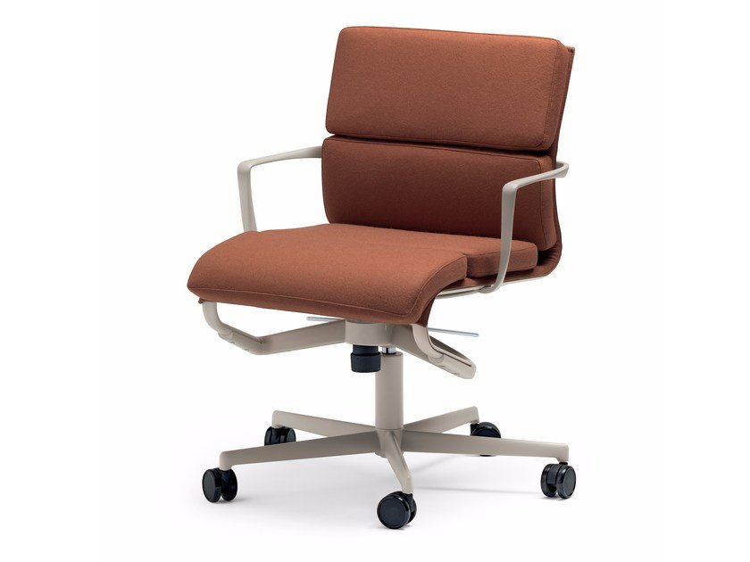 Height-adjustable swivel task chair with armrests ROLLINGFRAME 52 ...