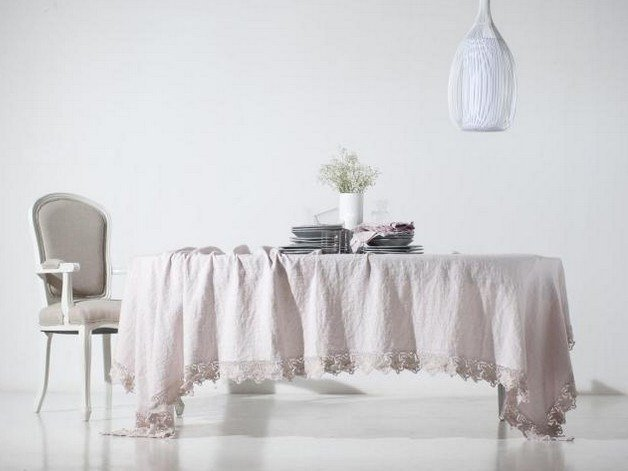Linen tablecloth ROSE | Tablecloth by LA FABBRICA DEL LINO