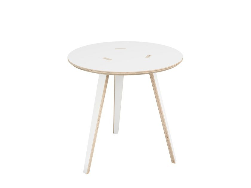 Round coffee table RUND by Tojo Möbel
