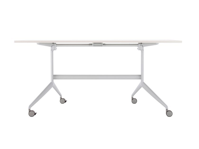Folding rectangular table with castors S 1185 | Table by Thonet