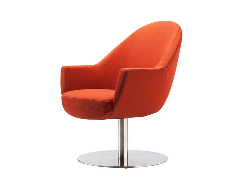 Fabric easy chair with armrests S 832 by THONET