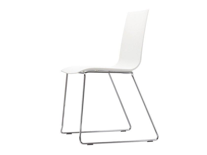 Sled base stackable chair S 180 ST by Thonet
