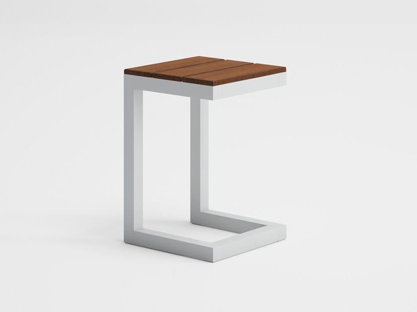 Square teak garden side table SALER SOFT TEAK | Side table by GANDIA BLASCO