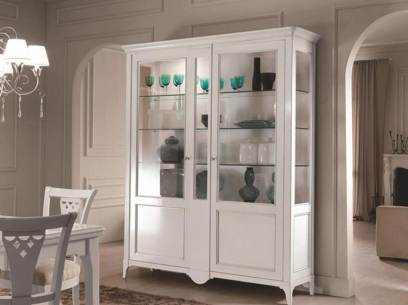 Lacquered solid wood display cabinet SALIERI | Lacquered display cabinet by Arvestyle