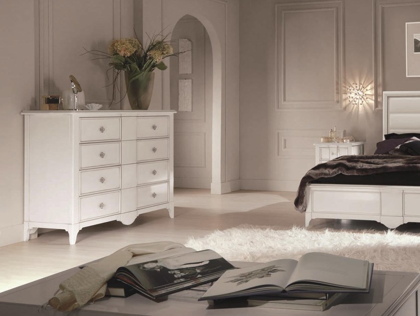 Solid wood chest of drawers SALIERI | Chest of drawers by Arvestyle