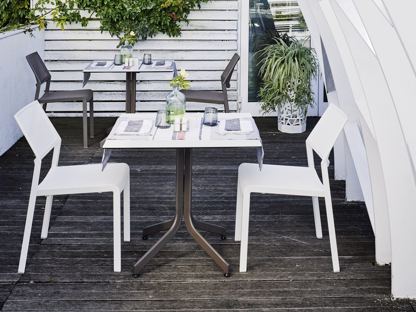 Tavolo da giardino in HPL SAMBA RIO | Tavolo quadrato by Roberti Rattan