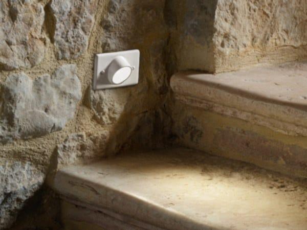 Segnapasso a LED in ceramica SAMBA S2 by Aldo Bernardi