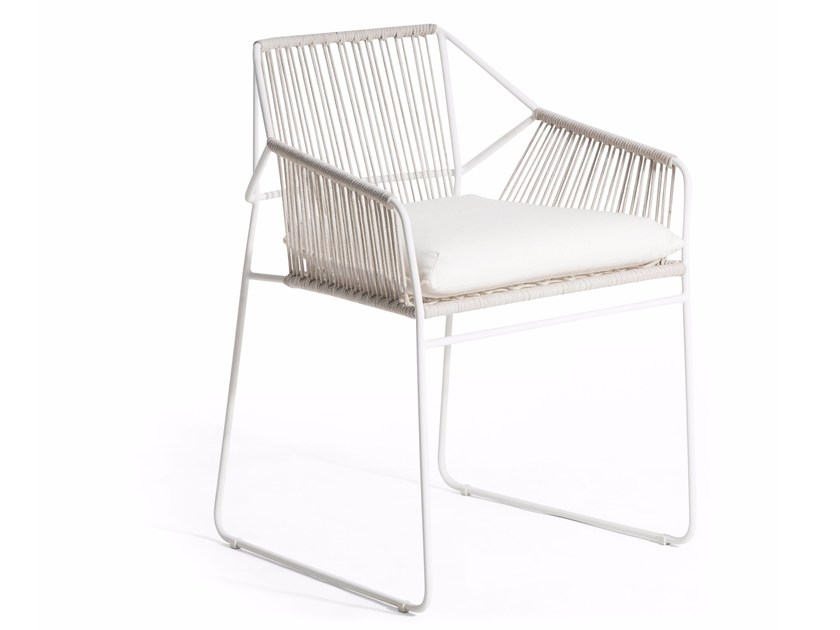Sled base stainless steel garden chair with armrests SANDUR | Chair with armrests by OASIQ