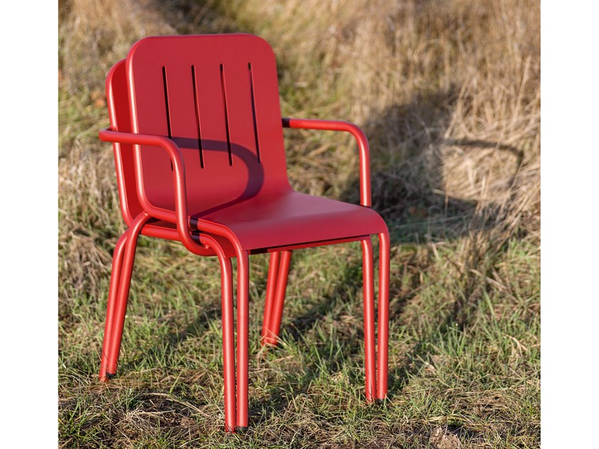 Stackable chair with armrests SARDINIA by iSimar