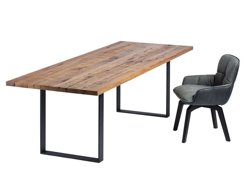 Rectangular solid wood dining table SC58 by JANUA