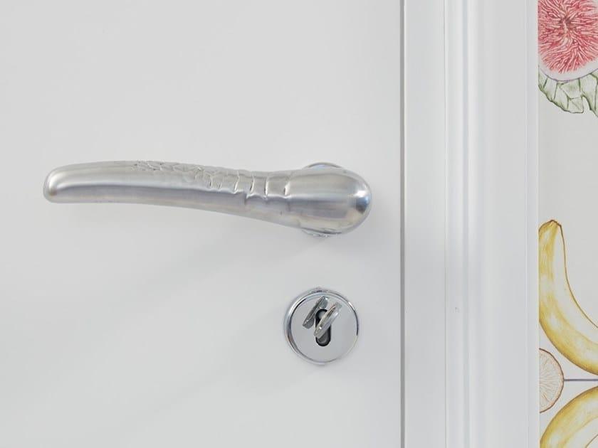 Aluminium door handle with lock SCAGLIE by NJ Interiors