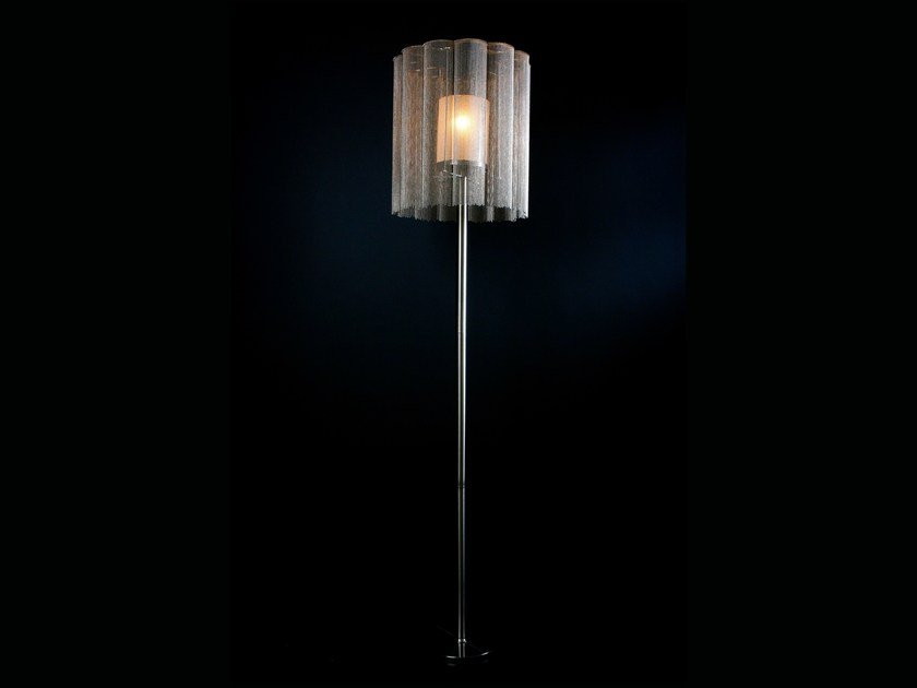 Floor lamp SCALLOPED CROPPED | Floor lamp by Willowlamp