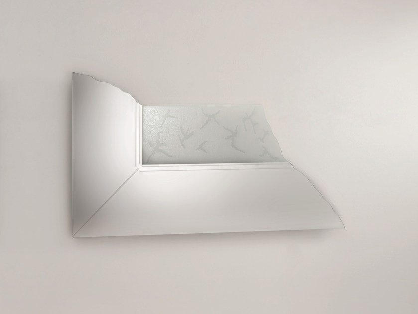 Wall-mounted mirror SCORNICE by Glas Italia
