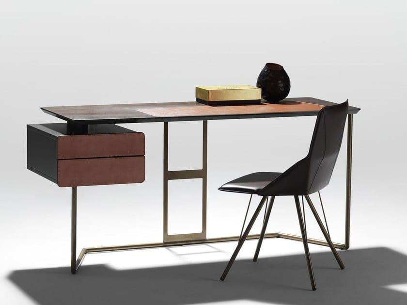 Bureau en acier et bois scriba by esedra design studio memo